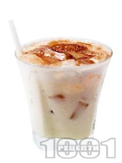 Коктейл Любовен еликсир (Elexir of love) с бял ром, сметана, ликьор какао и амарето - снимка на рецептата